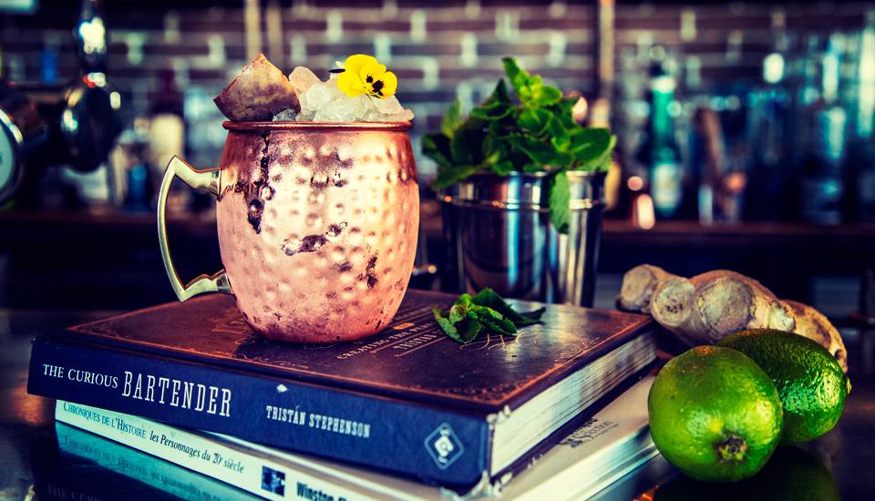 Bar à cocktail à Toulon au Mourillon Littoral Frédéric Mistral